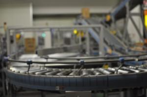 工場内の生産ライン